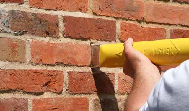 PointMaster | Brickwork pointing and brick wall masonry pointing